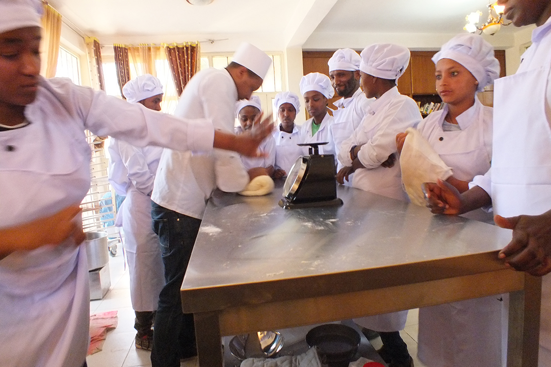 Bakkerij dove jongeren Ethiopie
